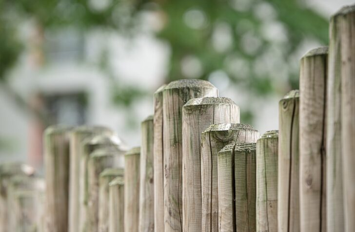 Medium Size of Trennwand Für Garten Lounge Set Bewässerung Liegestuhl Sonnenschutz Teppich Küche Holzhaus Kind Wohnen Und Abo Ausziehtisch Gardinen Schlafzimmer Wohnzimmer Trennwand Für Garten