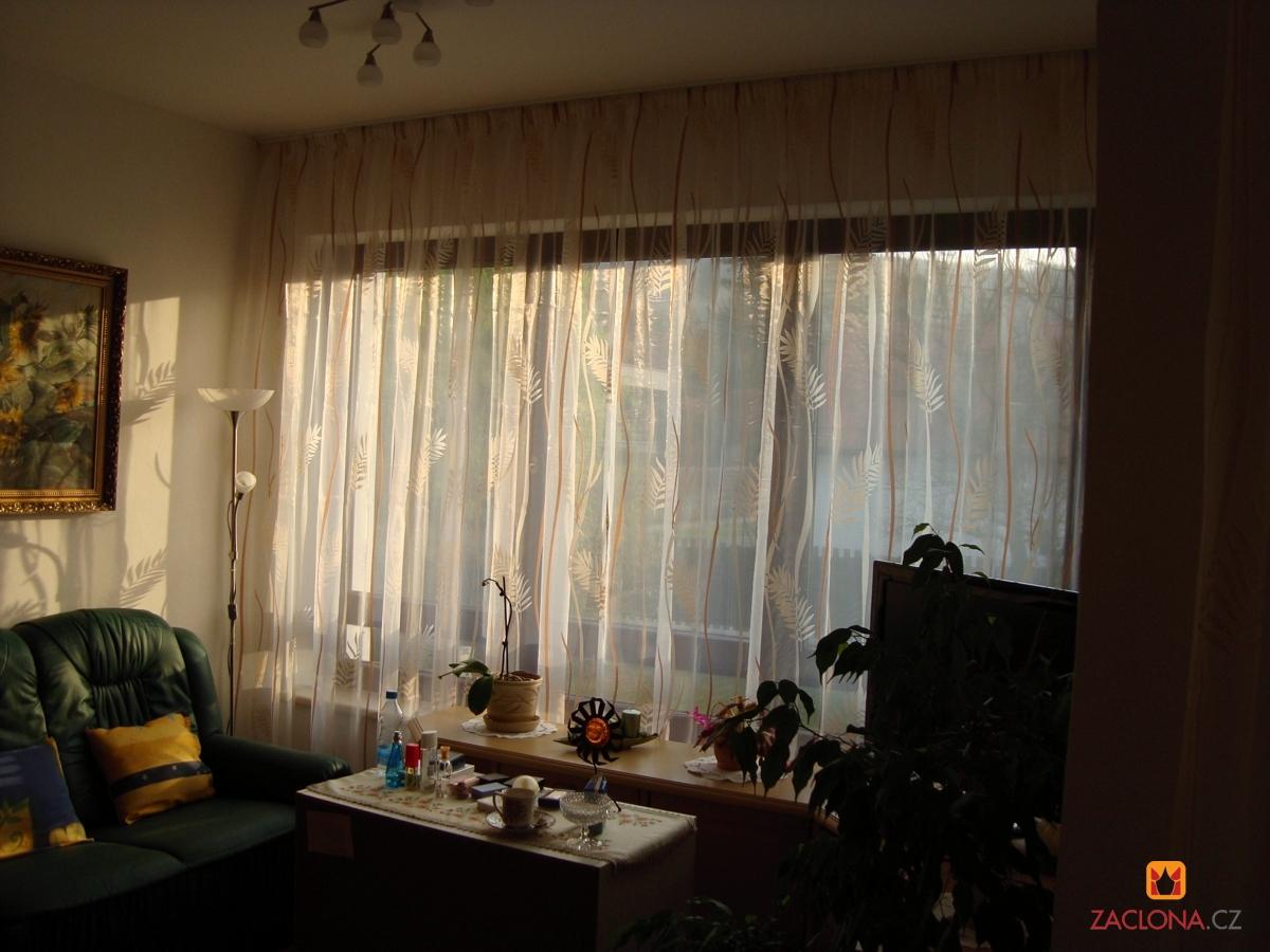 Full Size of Fensterdekoration Gardinen Beispiele Feinen Mit Muster Als Effektvolle Schlafzimmer Für Die Küche Scheibengardinen Wohnzimmer Fenster Wohnzimmer Fensterdekoration Gardinen Beispiele