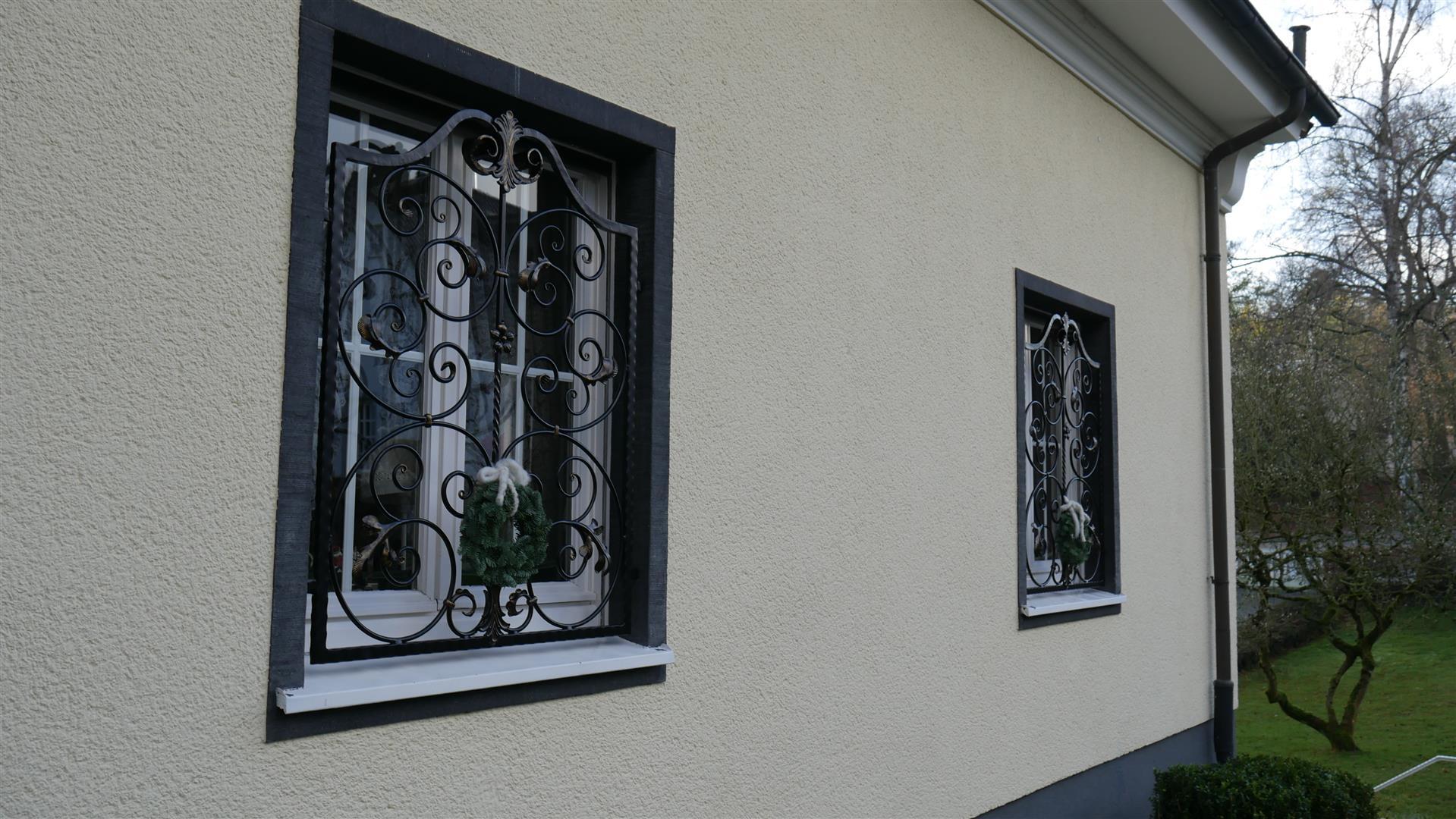 Full Size of Gitter Fenster Einbruchschutz Fenstergitter Hornbach Befestigung Küche Nobilia Immobilien Bad Homburg Mobile Obi Einbauküche Regale Immobilienmakler Baden Wohnzimmer Scherengitter Obi