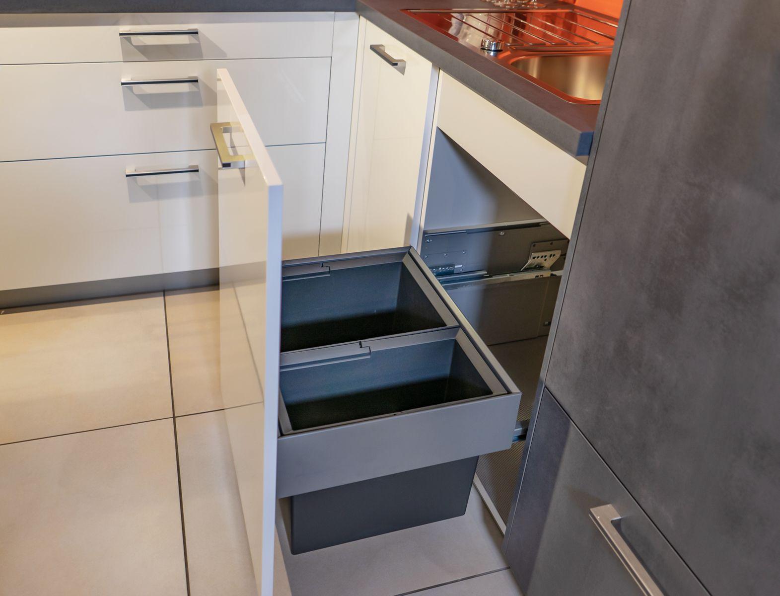 Full Size of Müllsystem Kche Mit Integriertem Mllsystem Ausstellungskche Jetzt Nur Küche Wohnzimmer Müllsystem