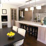 Küche Halbinsel Wohnzimmer Sitzecke Küche Massivholzküche Essplatz Alno Rolladenschrank Bodenbeläge Billig Modulküche Holz Glasbilder Kleine Einrichten Ikea Scheibengardinen