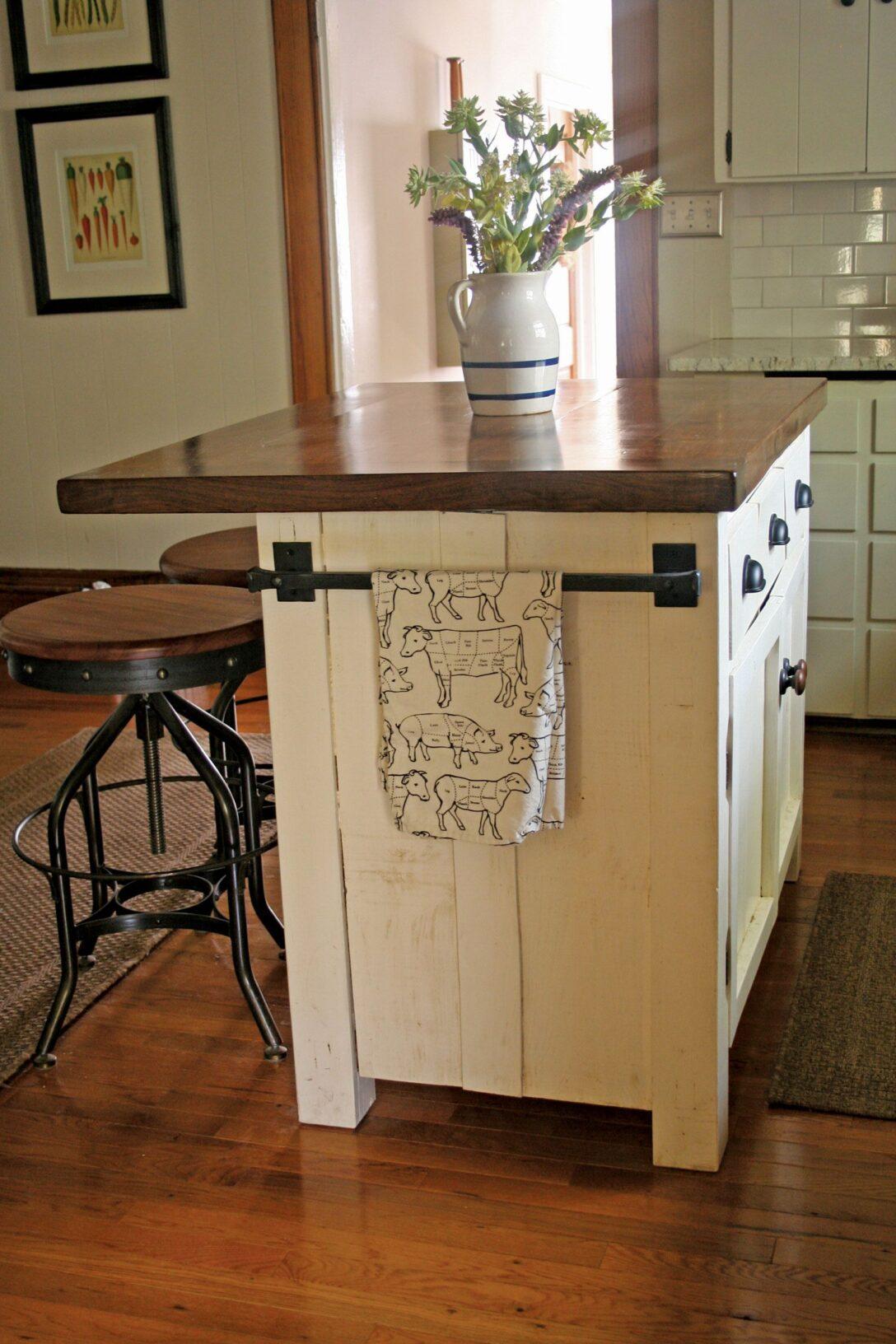 Large Size of Kücheninsel Freistehend Kche Insel Designs Mit Sitzgelegenheit Fr 4 Kleine Design Freistehende Küche Wohnzimmer Kücheninsel Freistehend