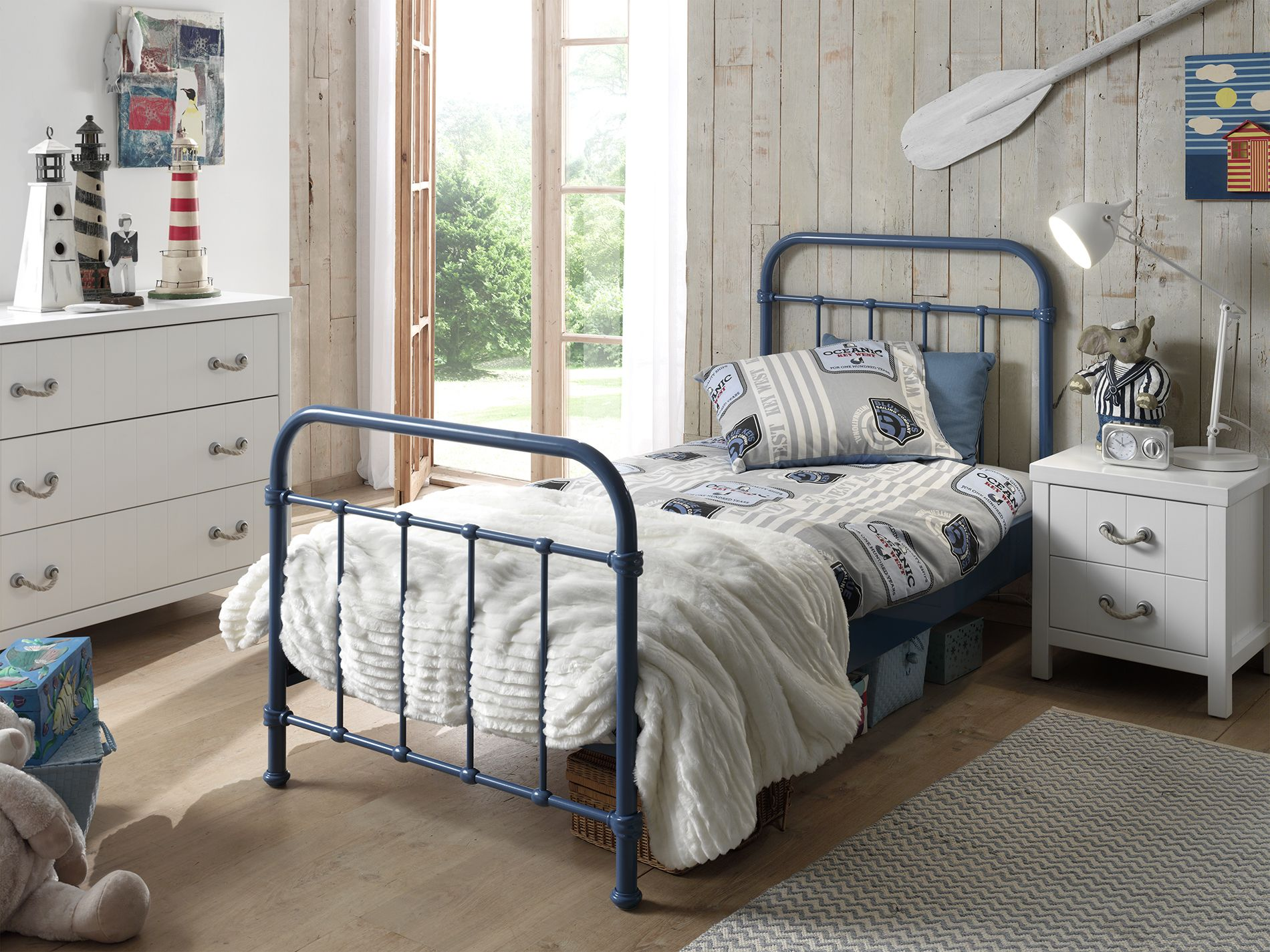 Full Size of Kinderbett New York Blau Emob Coole T Shirt Sprüche Betten T Shirt Wohnzimmer Coole Kinderbetten