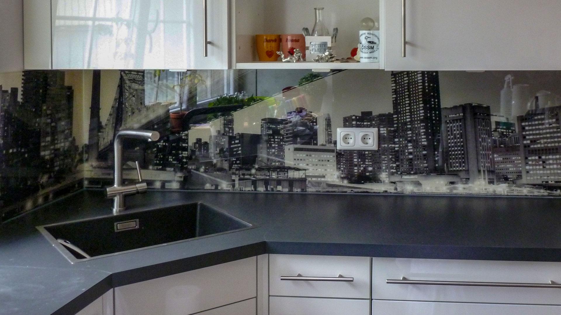 Full Size of Fliesenspiegel Modern Ideen In Glas Fr Ihre Kche Hygienisch Deckenleuchte Schlafzimmer Küche Selber Machen Moderne Duschen Wohnzimmer Modernes Sofa Wohnzimmer Fliesenspiegel Modern