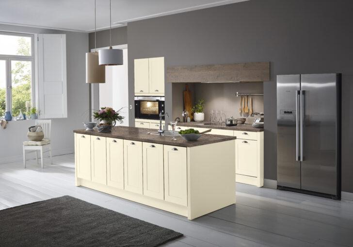 Medium Size of Landhausküche Gebraucht Weiß Moderne Grau Weisse Wohnzimmer Landhausküche Wandfarbe