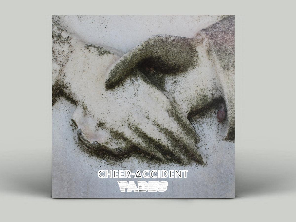 Full Size of Fades Skin Graft Records Nobilia Küche Vinylboden Bad Obi Einbauküche Im Verlegen Badezimmer Fenster Wohnzimmer Immobilien Homburg Mobile Regale Wohnzimmer Vinylboden Obi