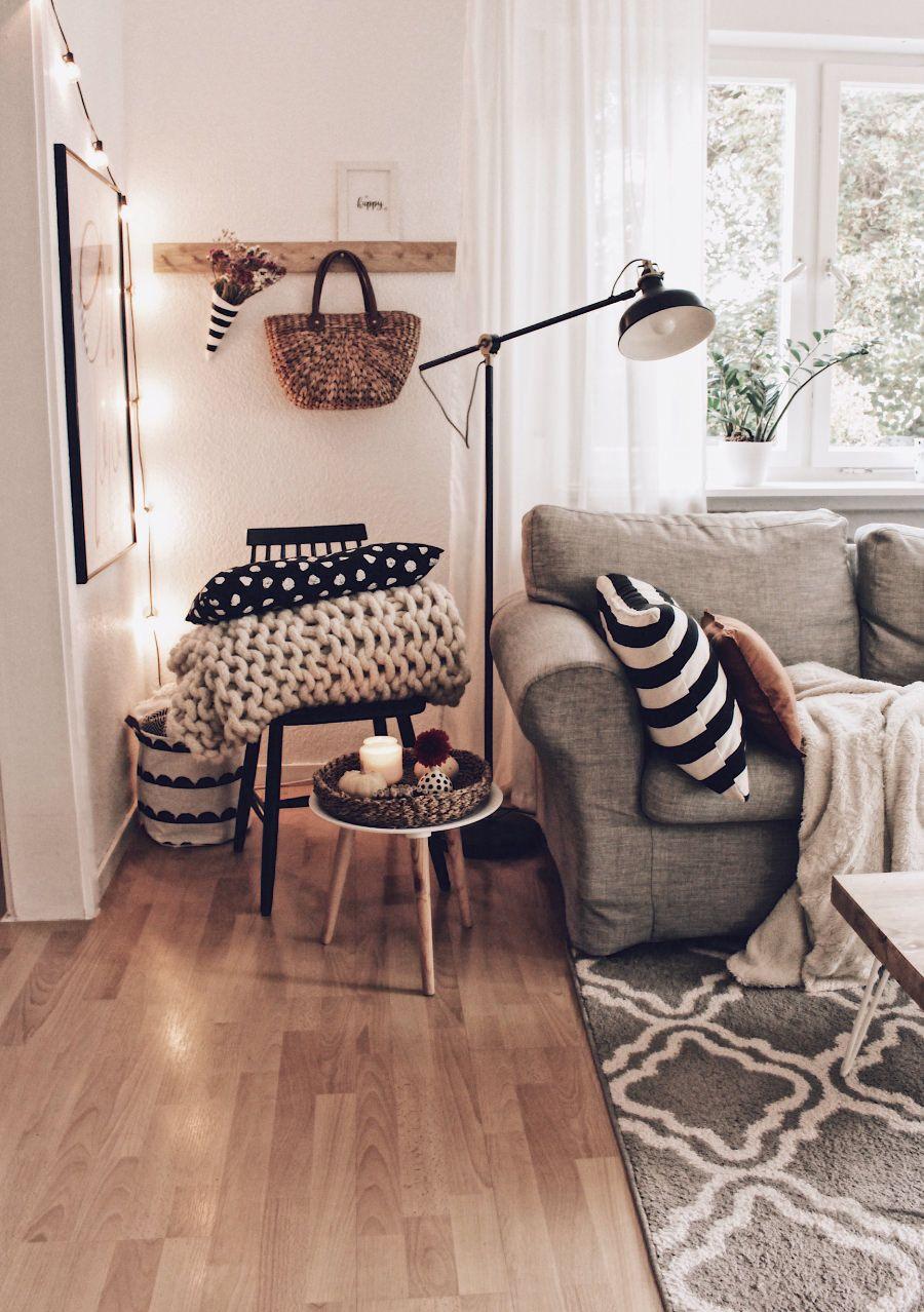 Full Size of Wohnzimmer Im Herbst Inspiration Sessel Deckenlampen Board Komplett Tapeten Ideen Tapete Hängelampe Led Beleuchtung Decken Deckenstrahler Stehleuchte Wohnzimmer Dekorationsideen Wohnzimmer