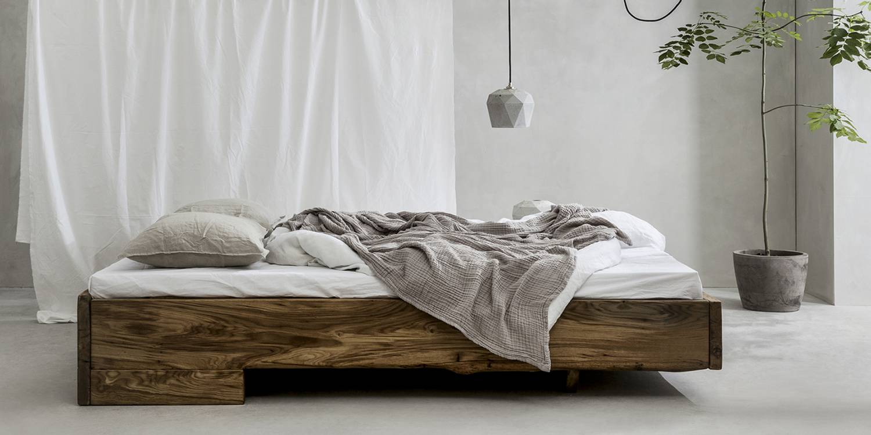 Full Size of Bett Industrial Style Im 140x200 160x200 Weiss Stauraum Tagesdecke Designer Betten 90x200 Mit Lattenrost Bette Floor Coole Paletten Nolte Rausfallschutz Wohnzimmer Bett Industrial Style