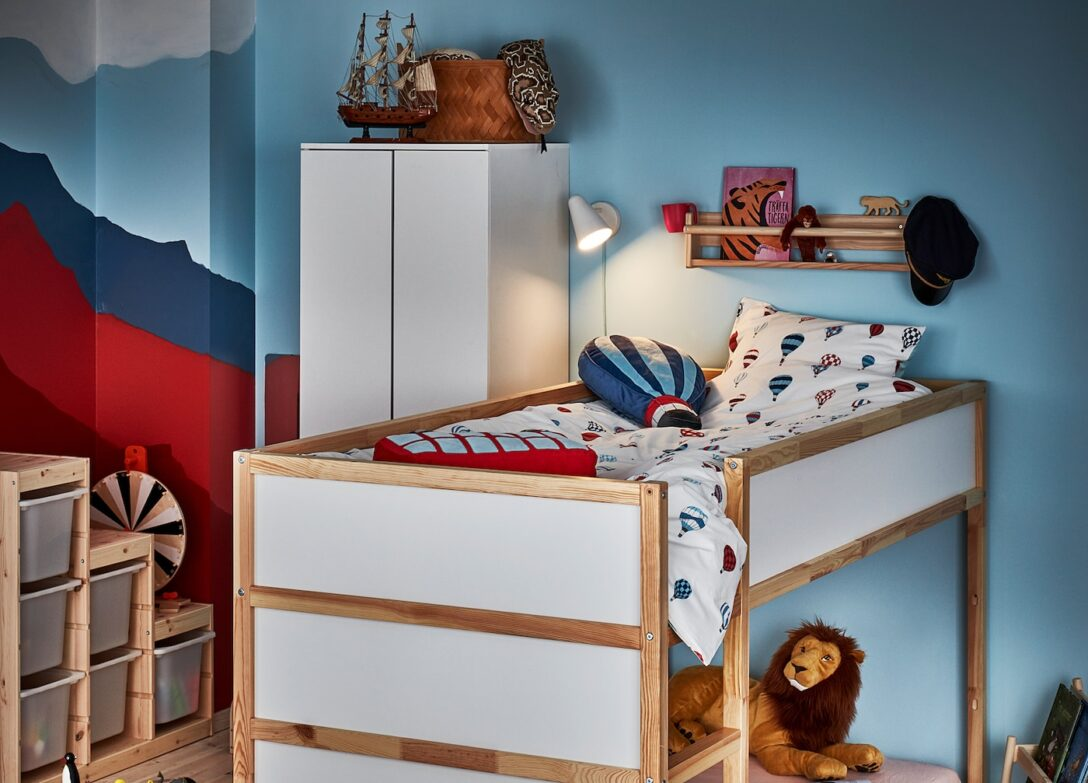 Large Size of Halbhohes Bett Ikea Mit Rutsche Schreibtisch Kura Umgedreht Wird Es Zum Hochbett Ganz Flexibel Komforthöhe Bette Badewannen Schubladen 180x200 Mädchen Luxus Wohnzimmer Halbhohes Bett Ikea