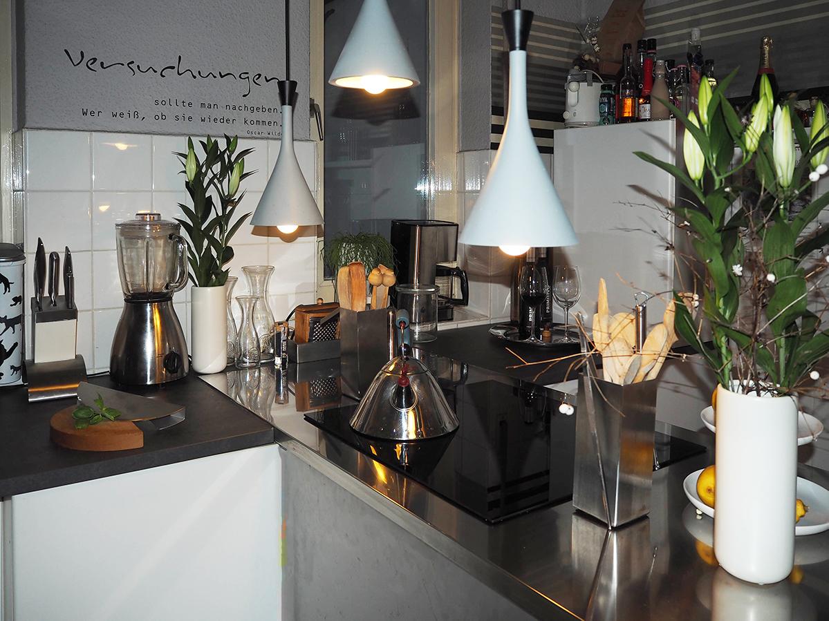 Full Size of Lampe über Kochinsel Kche Mit Lampen Küche Deckenlampen Wohnzimmer Modern Bett überlänge Deckenlampe Esstisch Sofa überzug Wandlampe Bad L Schlafzimmer Wohnzimmer Lampe über Kochinsel