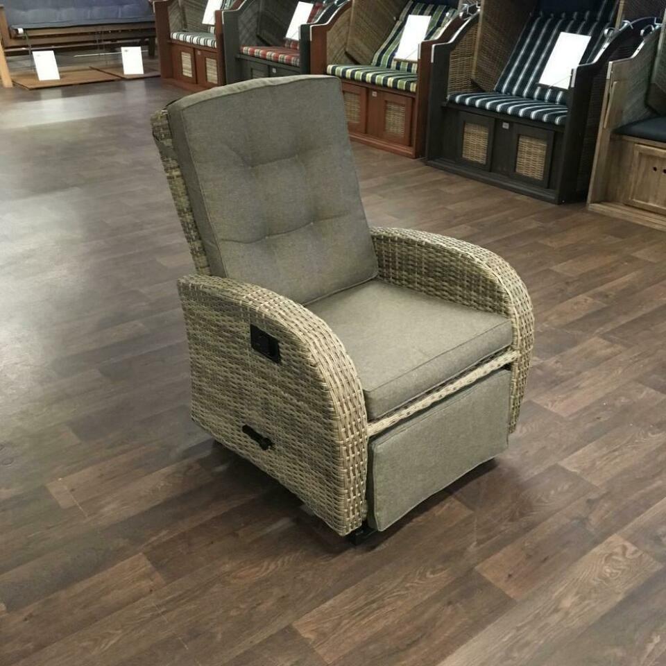 Full Size of Liegesessel Verstellbar Elektrisch Verstellbare Ikea Garten Liegestuhl Polyrattan Sessel Sofa Mit Verstellbarer Sitztiefe Wohnzimmer Liegesessel Verstellbar