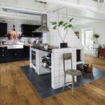 Küche Betonoptik Holzboden Kuche Renovieren Boden Caseconradcom Jalousieschrank Fliesenspiegel Glas Gardinen U Form Griffe Lüftungsgitter Barhocker Wohnzimmer Küche Betonoptik Holzboden