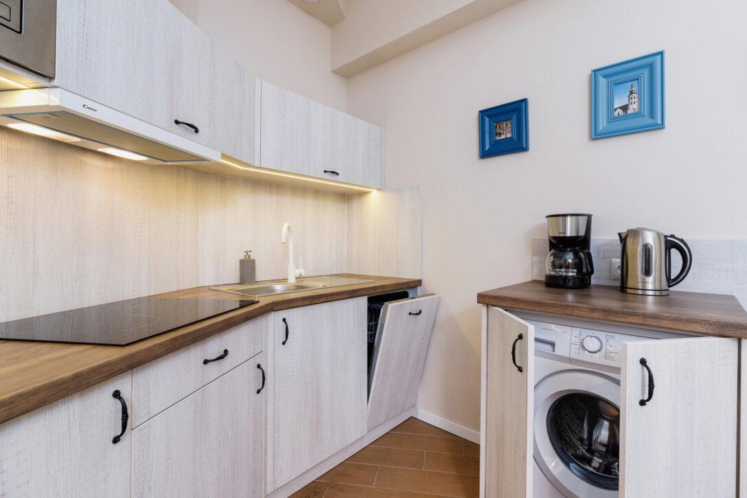 Large Size of Küchenzeile Mit Waschmaschine Wohnung In Krakau Starowilna 54 7a Schlafzimmer Komplett Lattenrost Und Matratze Bett Stauraum 160x200 Einbauküche Wohnzimmer Küchenzeile Mit Waschmaschine