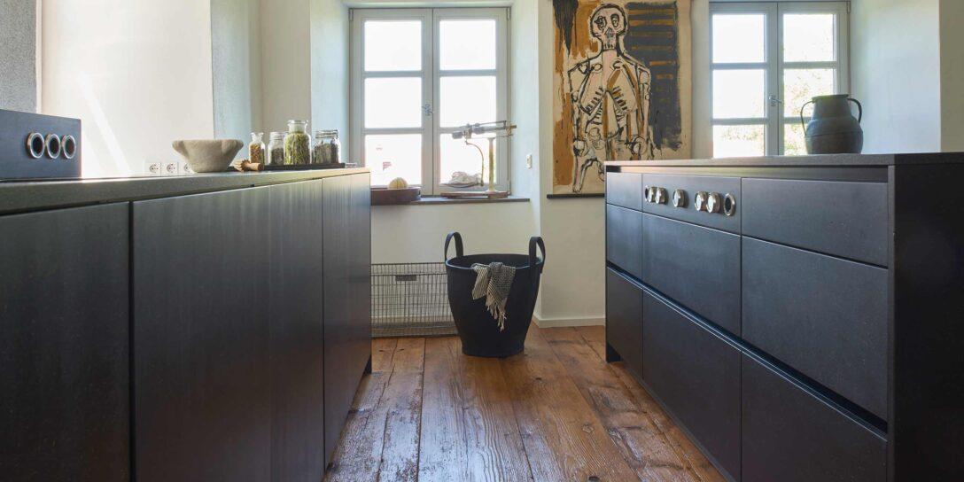Large Size of Freistehende Küchen Moderne Kche In Alter Villa Werkhaus Kchen Designkchen Aus Küche Regal Wohnzimmer Freistehende Küchen