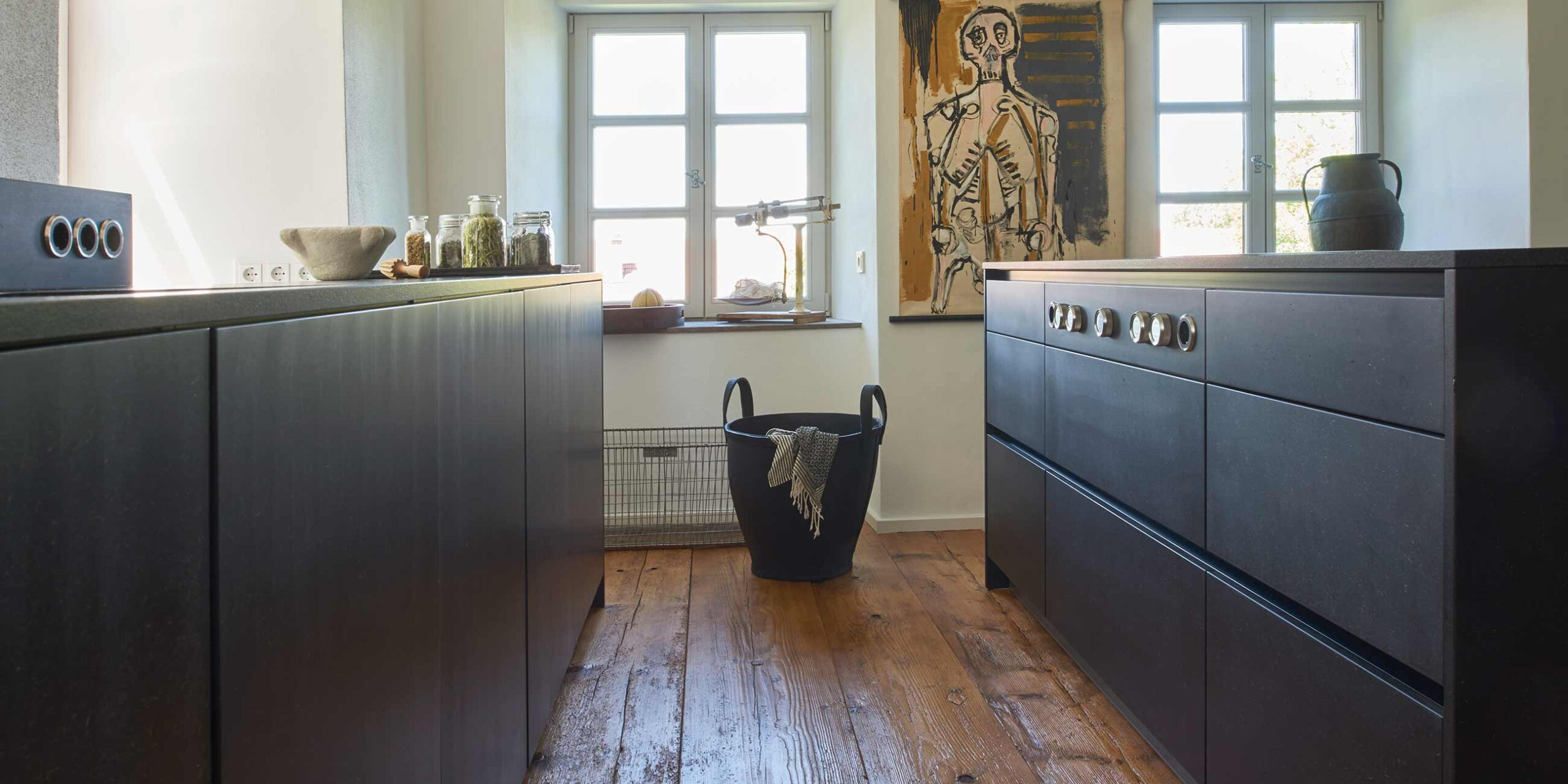 Full Size of Freistehende Küchen Moderne Kche In Alter Villa Werkhaus Kchen Designkchen Aus Küche Regal Wohnzimmer Freistehende Küchen