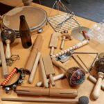 Habitat Küche Jugendliche Musizieren Im Mit Kchenutensilien Kinder Spielküche Müllsystem Behindertengerechte Aluminium Verbundplatte Industriedesign Wohnzimmer Habitat Küche