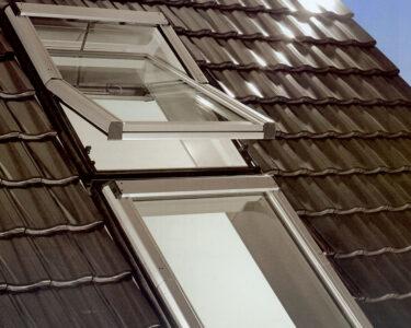 Dachfenster Einbauen Wohnzimmer Dachfenster Einbauen Einbau Austausch Rest Bedachungen Gmbh Bodengleiche Dusche Velux Fenster Kosten Rolladen Nachträglich Neue
