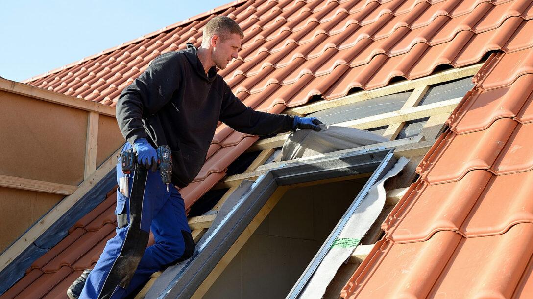 Large Size of Dachfenster Einbauen Dach Bttcher Fenster Kosten Dusche Bodengleiche Nachträglich Rolladen Neue Velux Wohnzimmer Dachfenster Einbauen