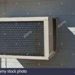 Sicht Nach Hinten Auerhalb Der Alten Wand Montierten Fenster Holz Alu Marken Bauhaus Einbruchsicher Sicherheitsfolie Test Einbauen Kosten Sonnenschutz Gitter Wohnzimmer Fenster Klimaanlage