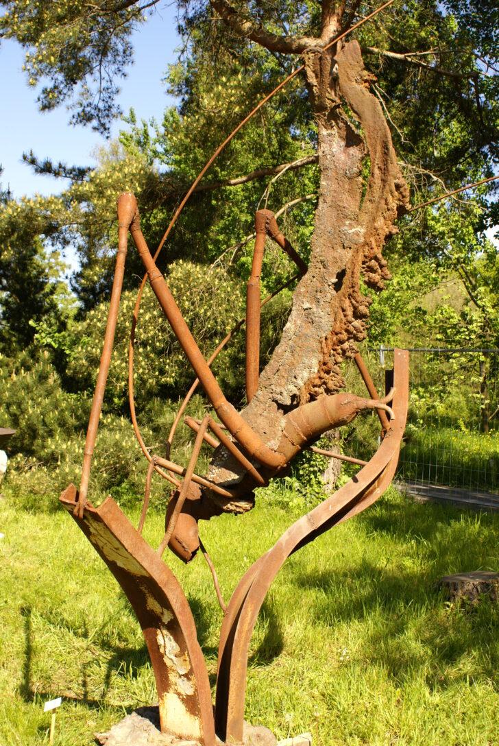 Medium Size of Eisenskulpturen Für Den Garten Galerie Spielhaus Holz Internat Baden Württemberg Hussen Sofa Relaxsessel Spielgeräte Sichtschutz Sonnenschutz Hotel Wohnzimmer Eisenskulpturen Für Den Garten