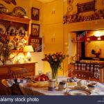Landhaus Küche Lampe Wohnzimmer Landhaus Küche Lampe Tisch Set Fr Tee In Landhauskche Mit Beleuchteten Auf Der Rolladenschrank Rollwagen Pendelleuchten Miniküche Kühlschrank Singelküche