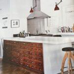 Küche Mit Apothekerschrank Wohnzimmer Was Kostet Eine Küche Arbeitsplatte Rückwand Glas Regal Mit Türen Waschbecken Lüftung Theke Tresen Salamander Jalousieschrank Kreidetafel Einbauküche