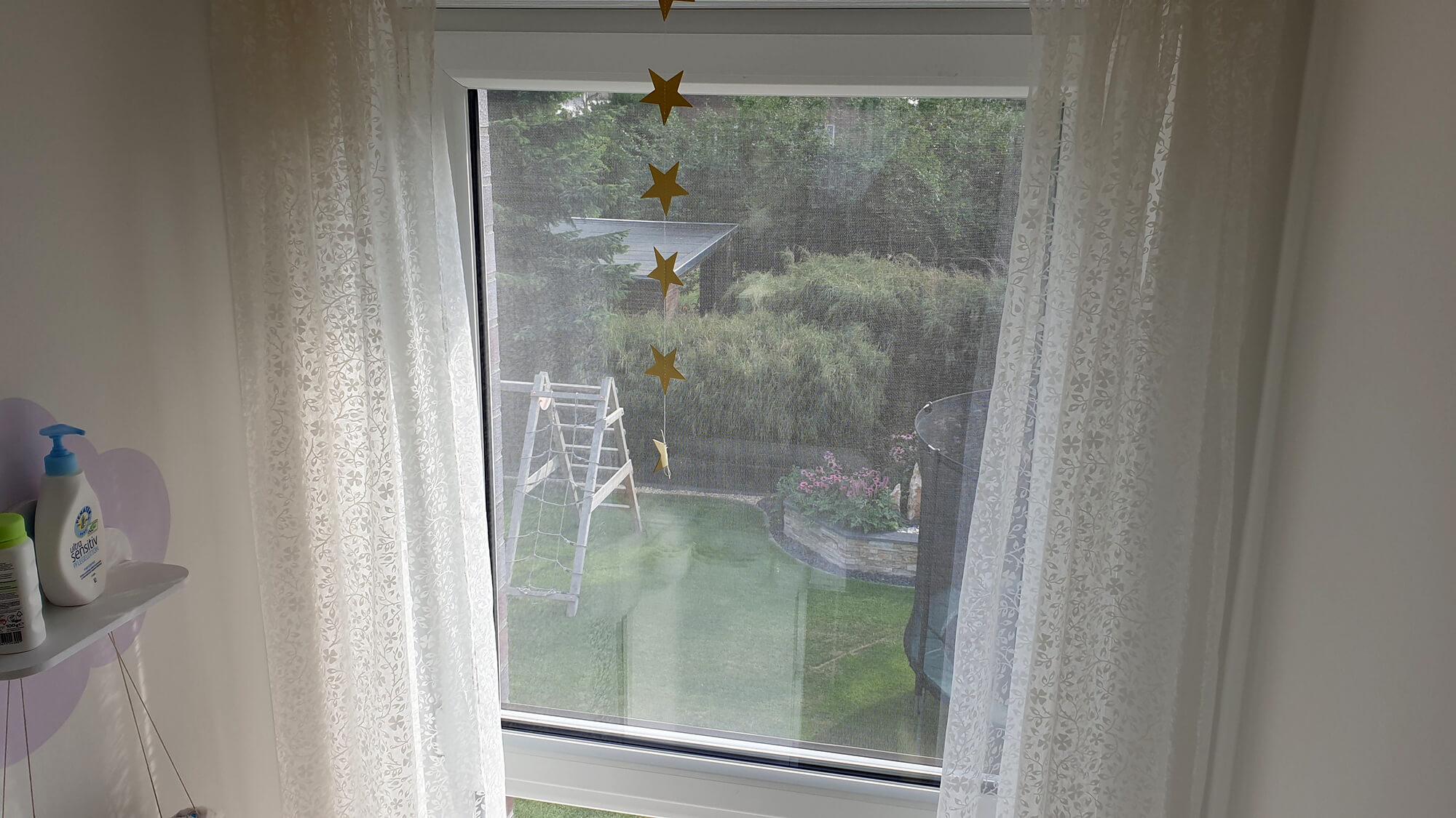 Full Size of Geteilte Bodentiefe Fenster Sichtschutz Geteilt Fliegengitter Integrierter Insektenschutz Als Rollo Und Konfigurator Reinigen Folien Für Ebay Standardmaße Wohnzimmer Bodentiefe Fenster Geteilt
