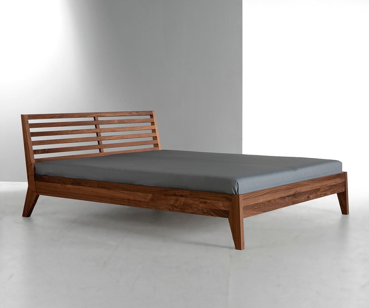 Full Size of Bett Design Holz Betten Massivholz Schlicht T2 180x200 Küche Weiß Schrank Ottoversand Kopfteil 140 140x200 Mit Bettkasten Kaufen Günstig Schubladen Sitzbank Wohnzimmer Bett Design Holz