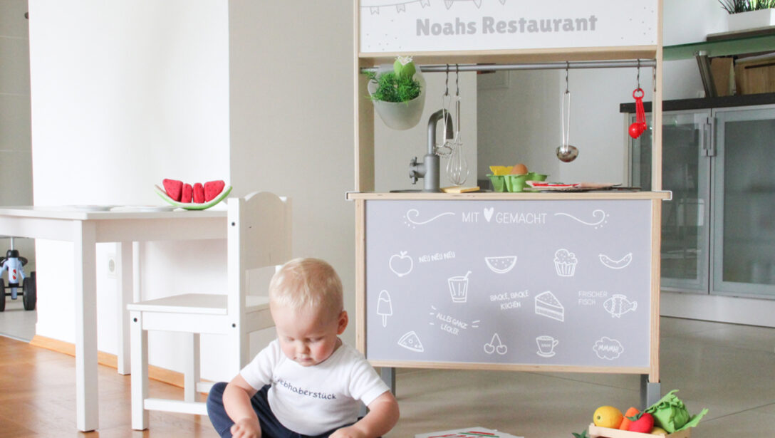 Large Size of Ikea Regale Küche Coolsten Hacks Frs Kinderzimmer Wandtattoo Holzbrett Schmales Regal Einbauküche Mit E Geräten Outdoor Kaufen Wandbelag Mülltonne Wohnzimmer Ikea Regale Küche