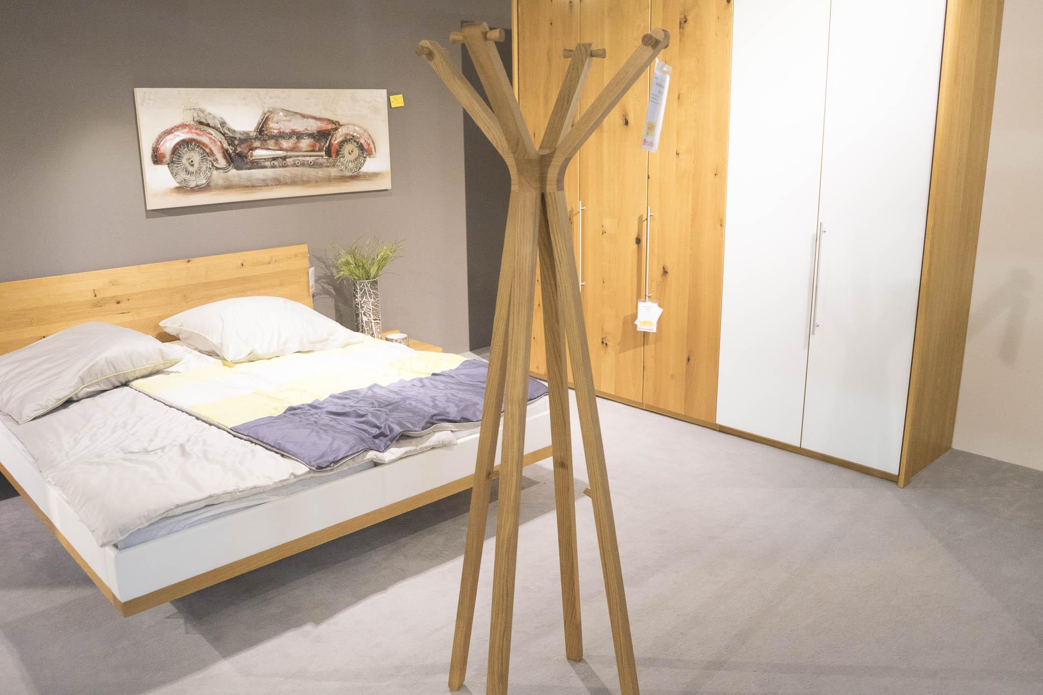 Full Size of Ausstellungsküchen Team 7 Kleiderstnder Hood Von Mbel Brucker Betten Wohnzimmer Ausstellungsküchen Team 7
