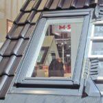 Dachfenster Einbauanleitung Velux Einbauen Preis Sparren Entfernen Roto Innenverkleidung Einbau Firma Kosten Youtube Innenfutter Sparrenabstand Genehmigung Wohnzimmer Dachfenster Einbauen
