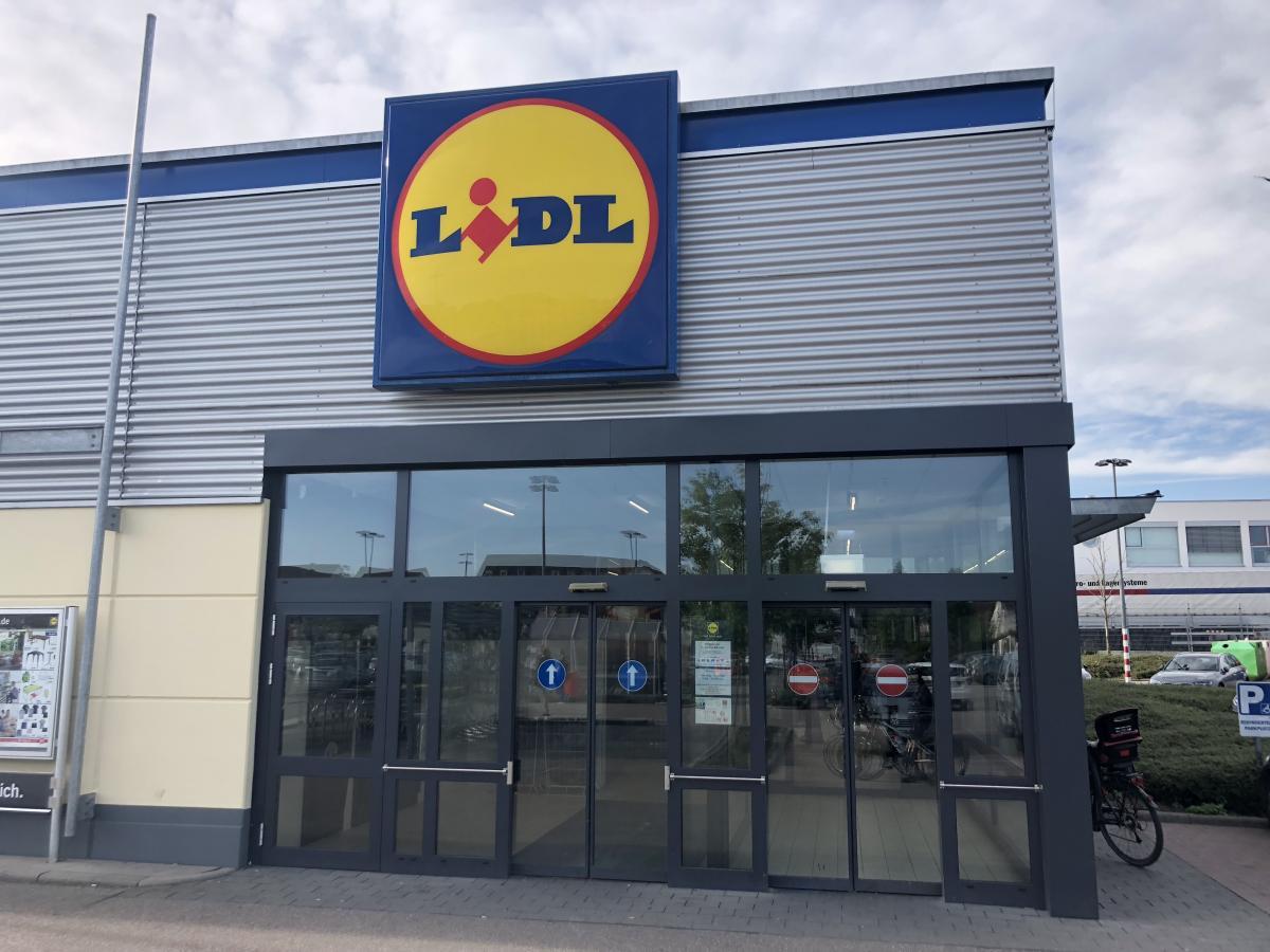 Full Size of Lidl Polen Das Erfolgsmodell Supermarkt Inside Küchen Regal Wohnzimmer Lidl Küchen