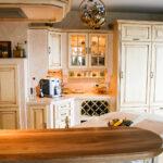 Gemauerte Küche Wohnzimmer Landhauskche Nizza Mediterrane Kchen Arbeitsplatte Küche Stehhilfe Hochglanz Weiss Essplatz Salamander Singelküche Modulküche Ikea Kaufen Günstig