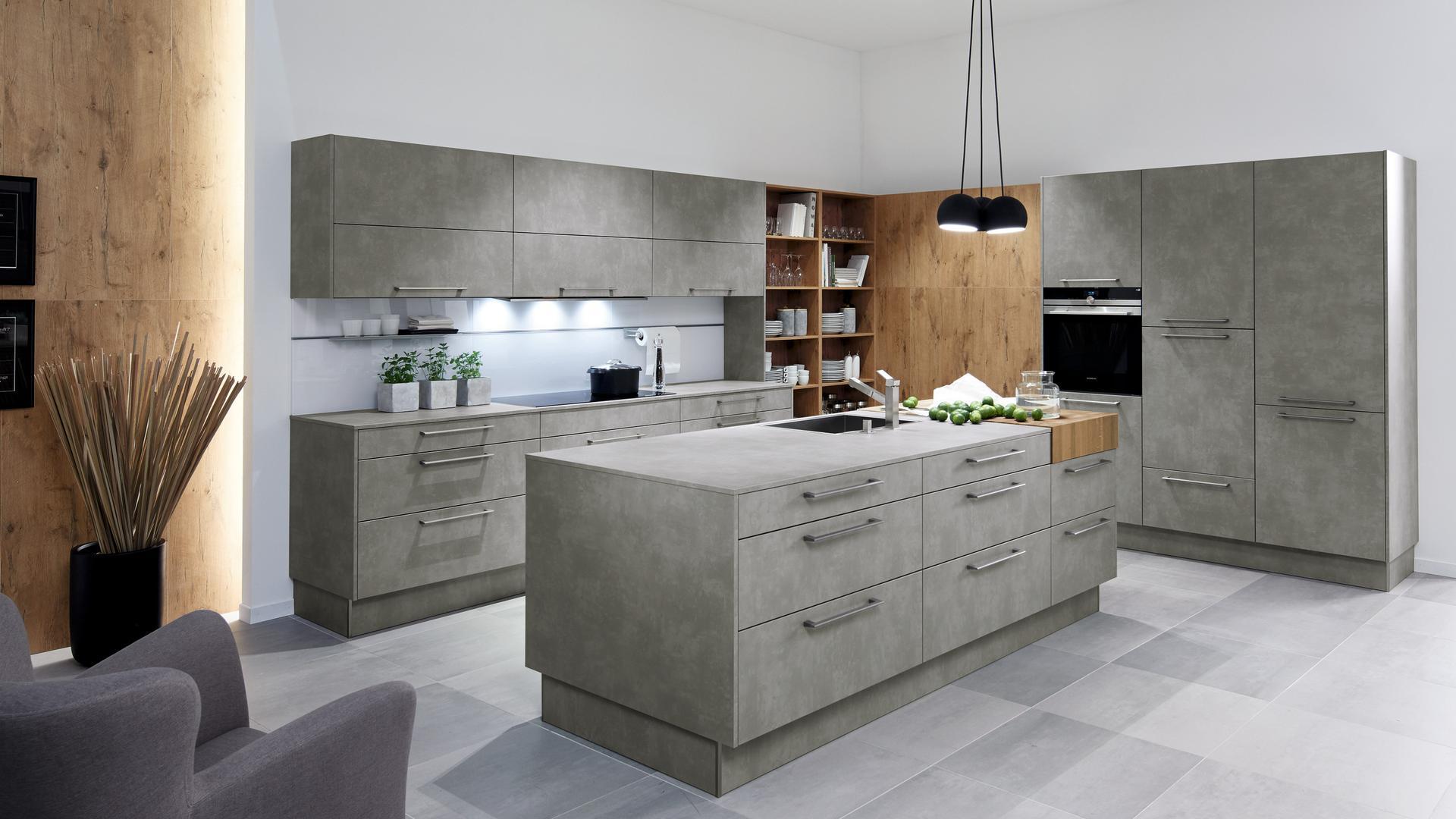 Full Size of Küche Grau Betonoptik Treteimer Aufbewahrungssystem Ebay Einbauküche Kaufen Ikea Gardinen Erweitern Wandpaneel Glas Was Kostet Eine Neue Kreidetafel Billig Wohnzimmer Küche Grau Betonoptik
