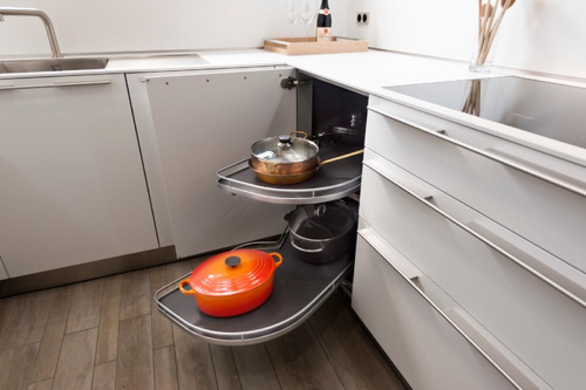 Full Size of Küche Eckschrank Rondell Welcher Schubladen Typ Passt Zu Ihrer Kche 11 Alternativen Kaufen Mit Elektrogeräten Ohne Elektrogeräte Singleküche Kühlschrank Wohnzimmer Küche Eckschrank Rondell