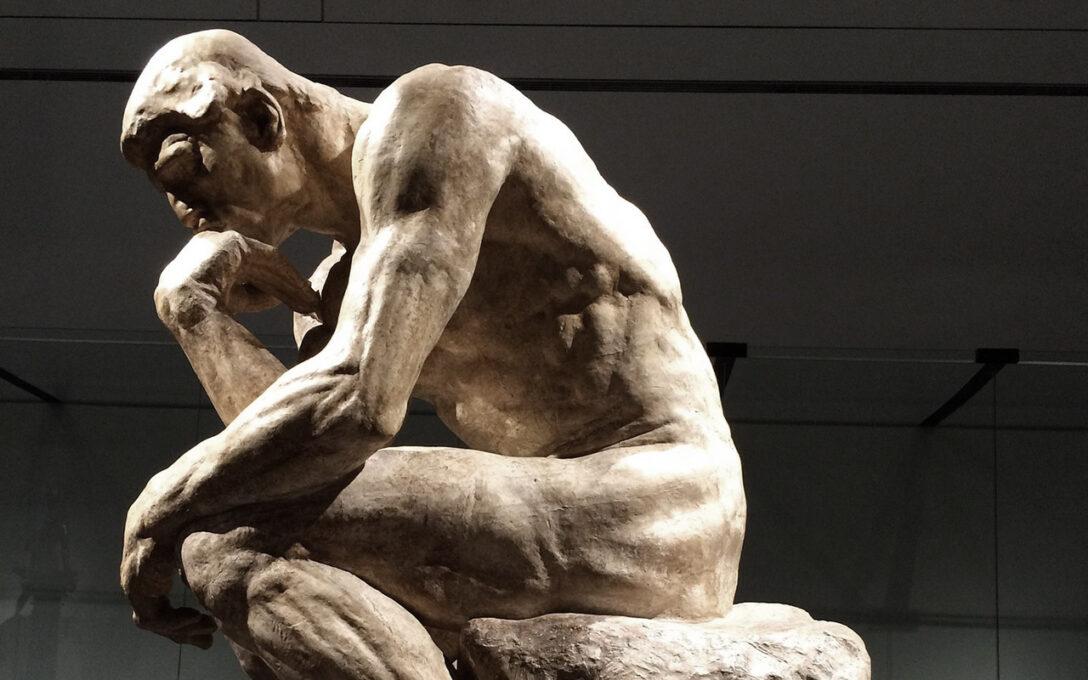 Large Size of Der Denker Skulpturen Von Auguste Rodin Das Sollten Sie Wissen Gebrauchte Fenster Kaufen Küche Tipps Sofa Verkaufen In Polen Garten Pool Guenstig Günstig Wohnzimmer Gartenskulpturen Kaufen