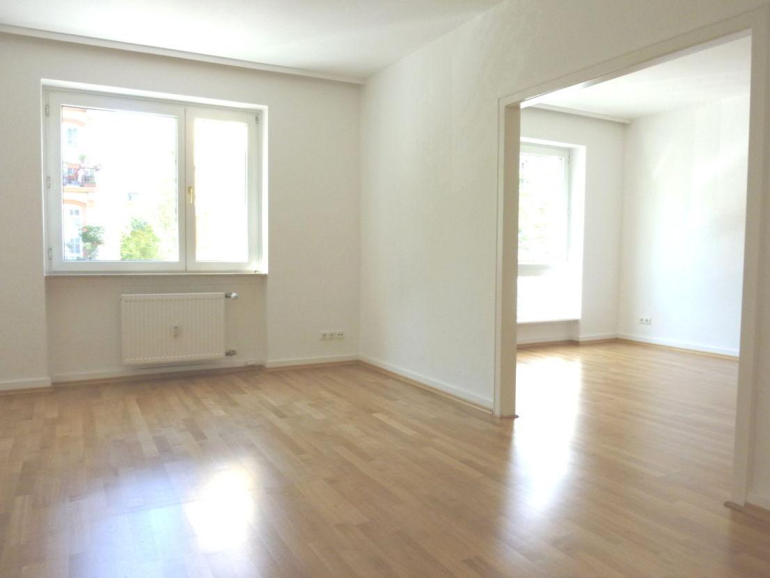 Full Size of Trennwand Balkon 3 Zimmer Wohnung Zu Vermieten Garten Glastrennwand Dusche Wohnzimmer Trennwand Balkon