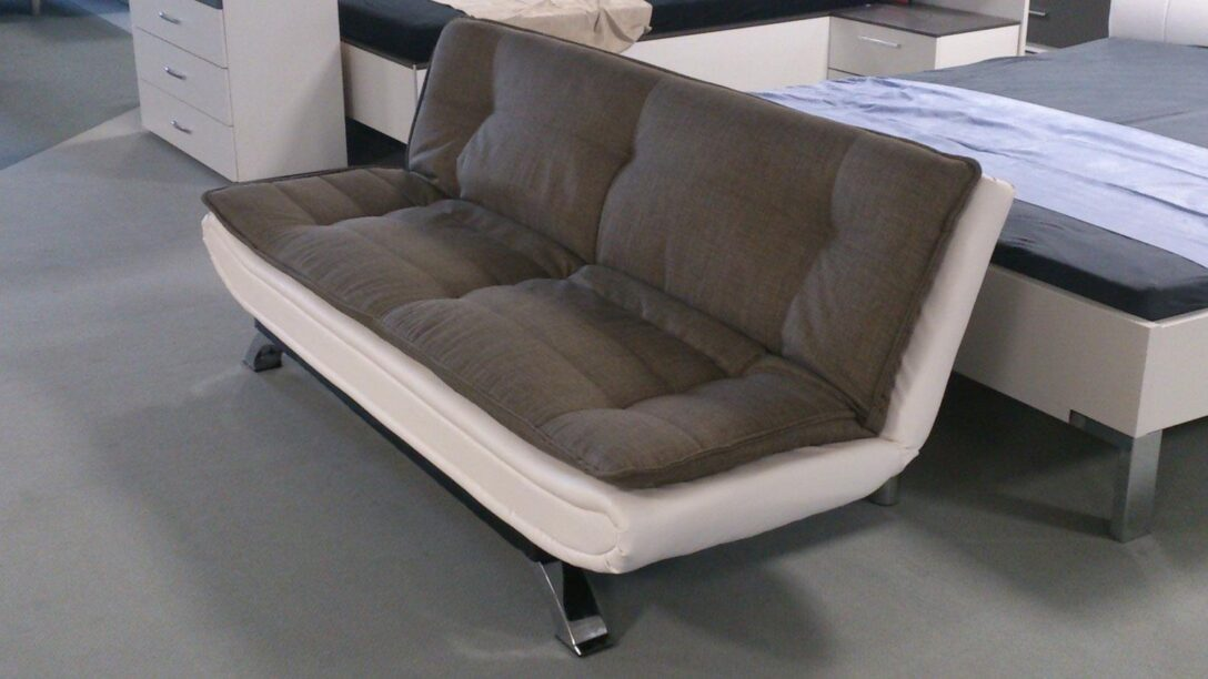 Large Size of Schlafsofa Clirk Ausklappbar In Stoff Dunkelgrau Lederlook Wei Ausklappbares Bett Wohnzimmer Couch Ausklappbar