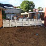 Zaun Paletten Wohnzimmer Zaun Paletten Wir Bauen Ein Okal Haus Aus Europaletten Garten Bett 140x200 Regale Regal Kaufen