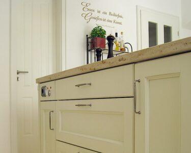 Küchengriffe Landhaus Wohnzimmer Küchengriffe Landhaus Beer Kchen Manufaktur Ganz Individuell Kchengriffe Sofa Regal Weiß Landhausstil Landhausküche Gebraucht Wohnzimmer Schlafzimmer