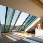 Dachfenster Einbauen Firma Velux Preis Roto Innenverkleidung Innenfutter Fenster Dusche Kosten Rolladen Nachträglich Bodengleiche Neue Wohnzimmer Dachfenster Einbauen