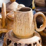 Küchen Rustikal Rustikales Kchengert Leeres Keramikgeschirr Home Waren Kche Bett Rustikaler Esstisch Küche Holz Regal Wohnzimmer Küchen Rustikal