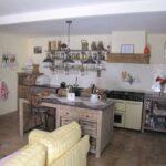 Fliesen Küche Beispiele Nolte Zusammenstellen Müllschrank Hochglanz Weiss Pantryküche Mit Kühlschrank Pendeltür Aufbewahrungsbehälter Beistellregal Wohnzimmer Fliesen Küche Beispiele