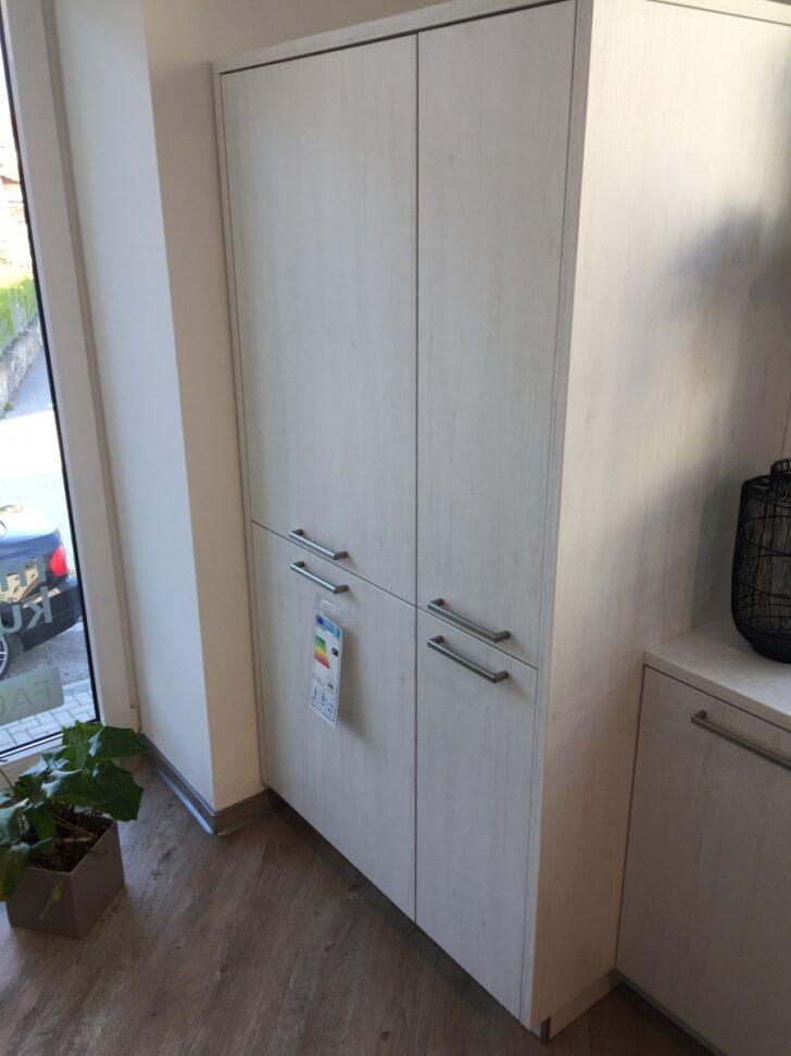 Medium Size of Moderne Kche Zweifarbig Unterschrank Küche Bodenbeläge Miniküche Ohne Oberschränke Möbelgriffe Wandfliesen Mini Einbauküche Günstig Hängeschrank Wohnzimmer Küche Zweifarbig