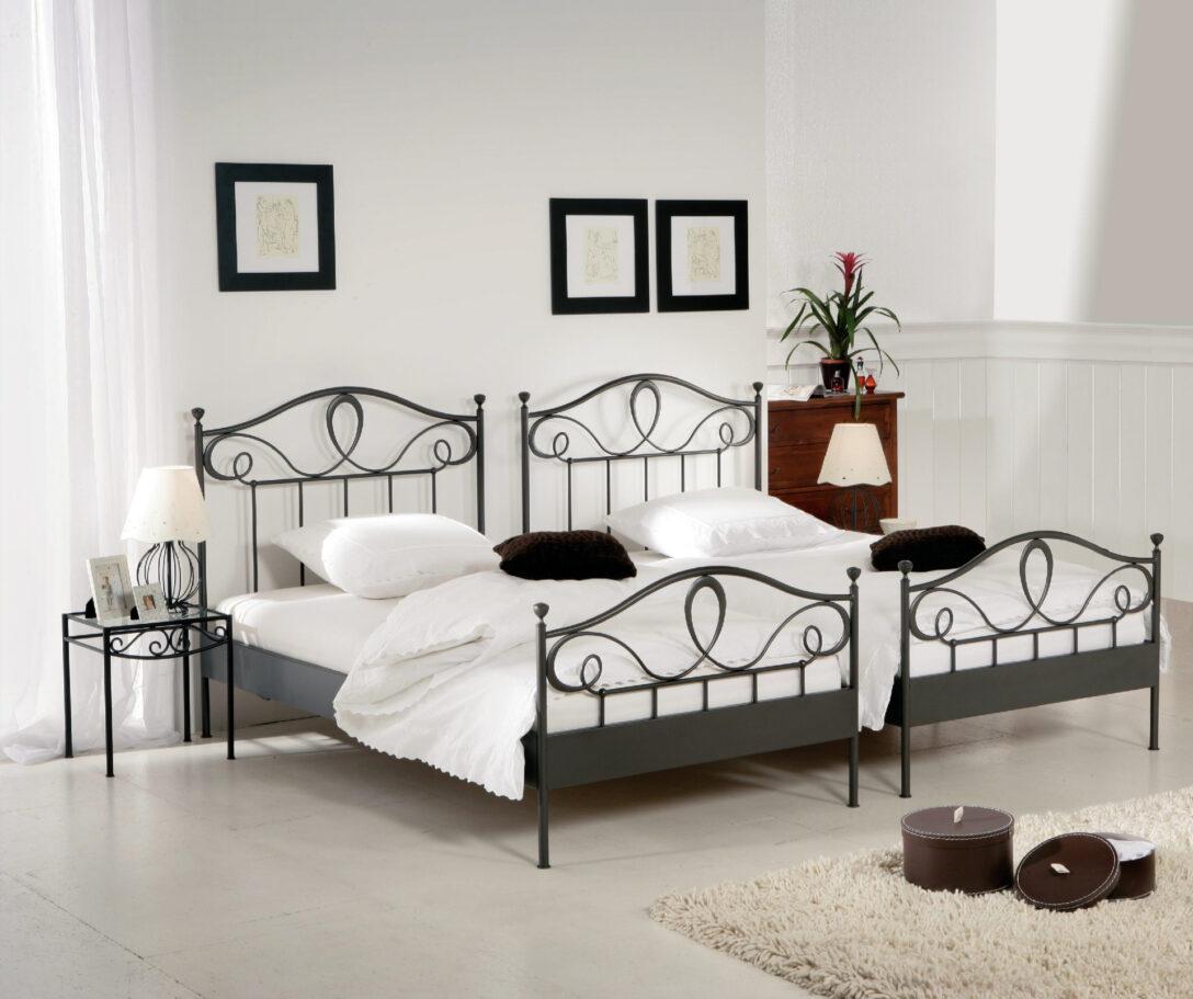 Large Size of Bett Weiß 100x200 Betten Wohnzimmer Metallbett 100x200