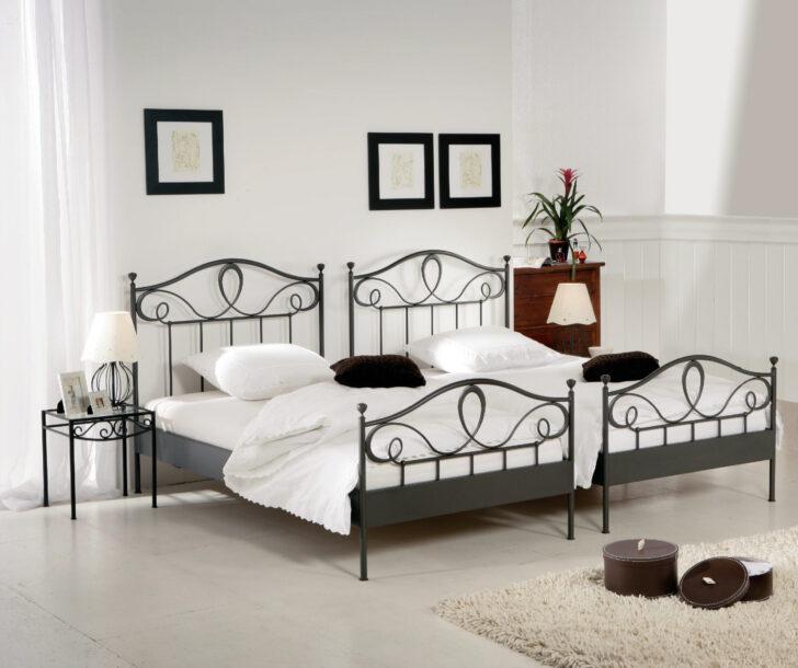 Medium Size of Bett Weiß 100x200 Betten Wohnzimmer Metallbett 100x200