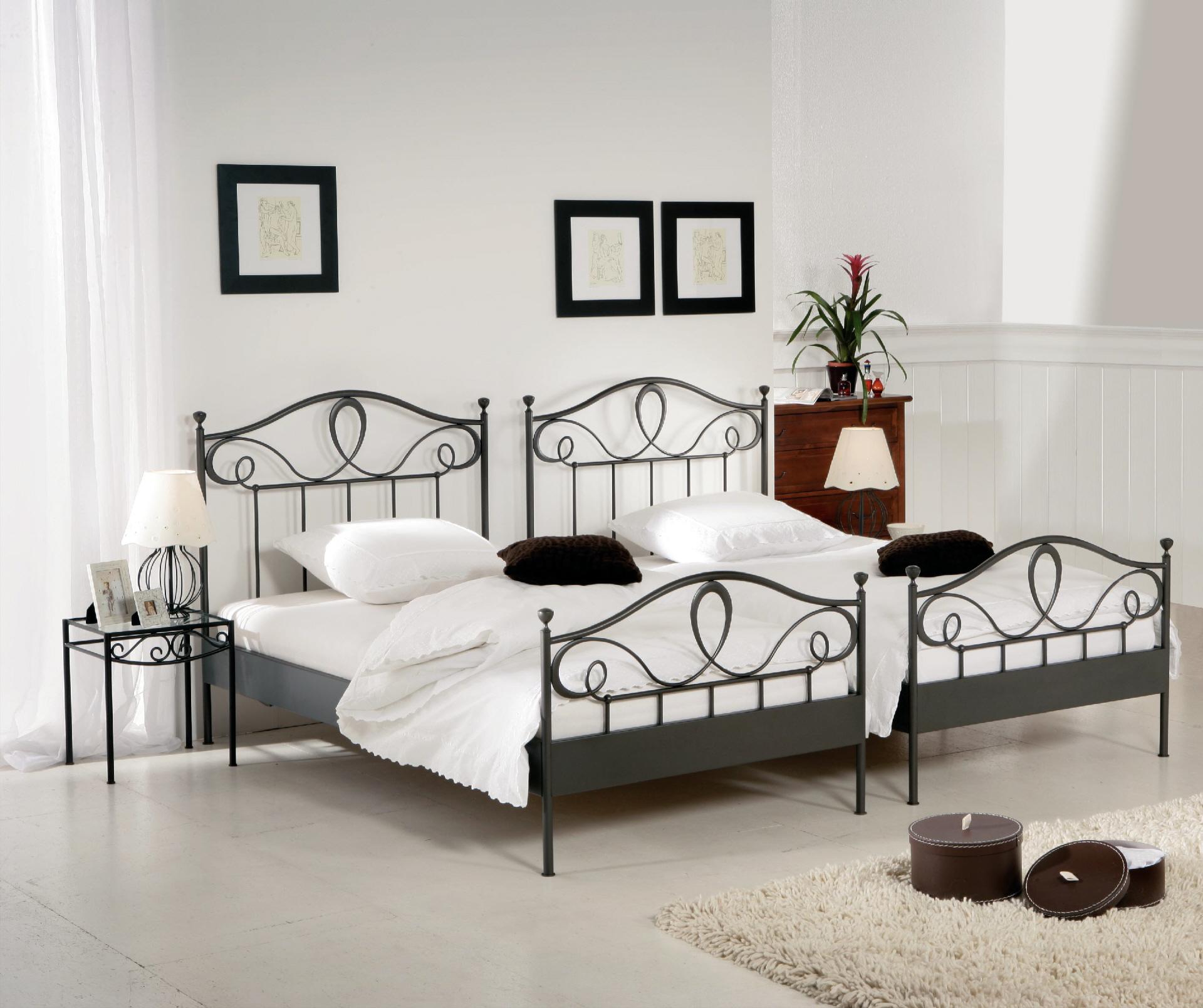 Full Size of Bett Weiß 100x200 Betten Wohnzimmer Metallbett 100x200