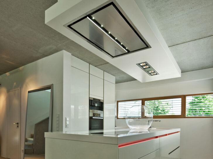 Medium Size of Kochinsel Steckdose Bad Küche Mit L Spiegelschrank Beleuchtung Und Wohnzimmer Kochinsel Steckdose