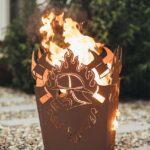 Feuerstelle Garten Eckig Gerätehaus Mastleuchten Bewässerung Automatisch Skulpturen Ecksofa Rattanmöbel Bewässerungssystem Beistelltisch Tisch Spielhaus Wohnzimmer Feuerstelle Garten Eckig