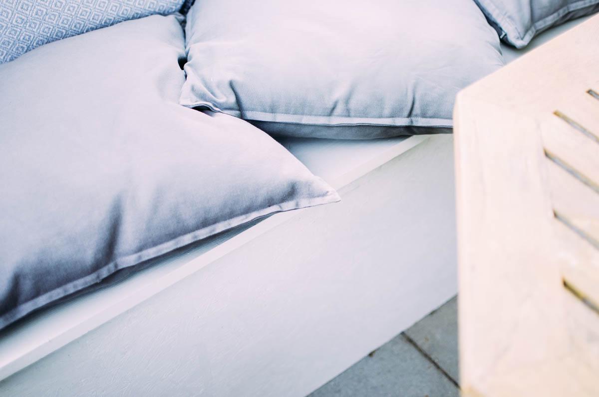 Full Size of Sitzecke Bauen Balkonglck Diy Livera Küche Dusche Einbauen Bett Selber 140x200 Bodengleiche Nachträglich Pool Im Garten Regale Kopfteil Fenster Kosten Neue Wohnzimmer Sitzecke Bauen